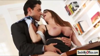Brooklyn Chase Gets Serviced By Officer